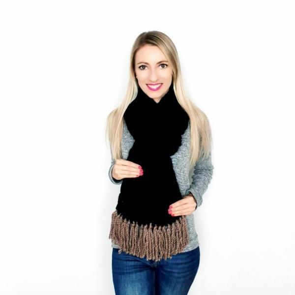 Knitted shawl with fringe Black and brown Chunky knit scarf Winter scarf women Knit scarves for women Fall Fashion Accessories Regular size